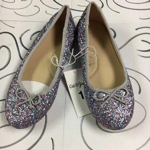 Girl's slip on shoes
